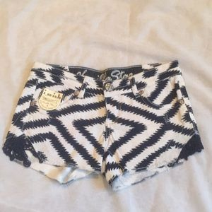 NWOT Vanilla Star patterned denim shorts, 1